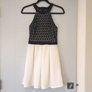 Dresses & Skirts - White and Black Printed Dress